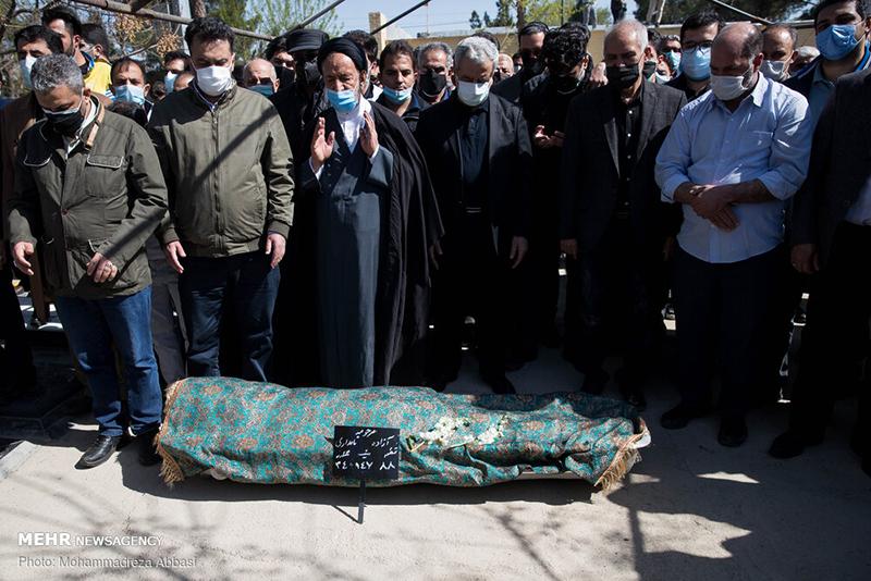 مراسم تشییع و خاکسپاری آزاده نامداری